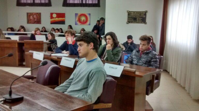 EL JUEVES 18-10 SESIONARÁ EL CONCEJO ESTUDIANTIL